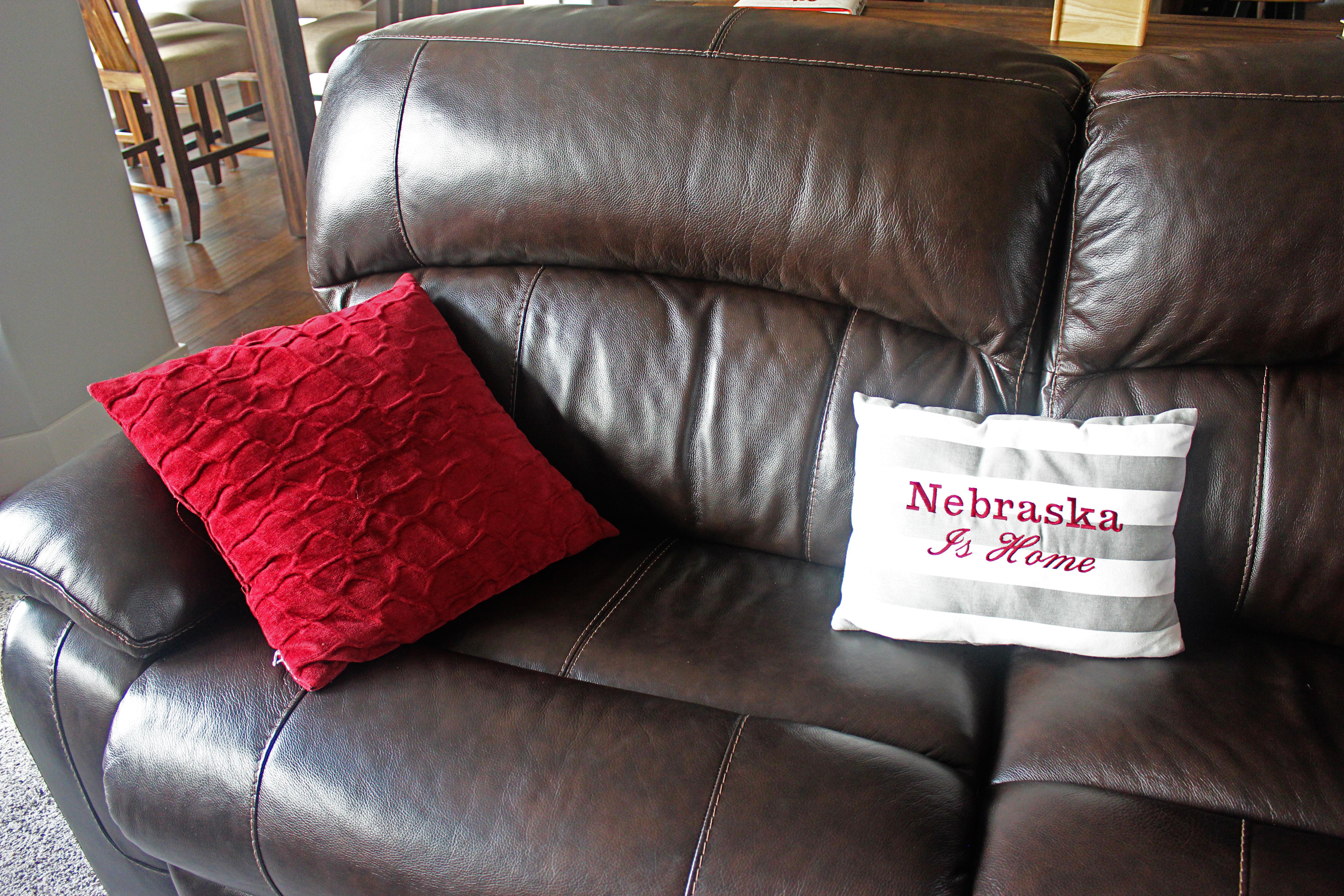 Nebraska Furniture Mart Living Room Sets We Built A House The Main Floor