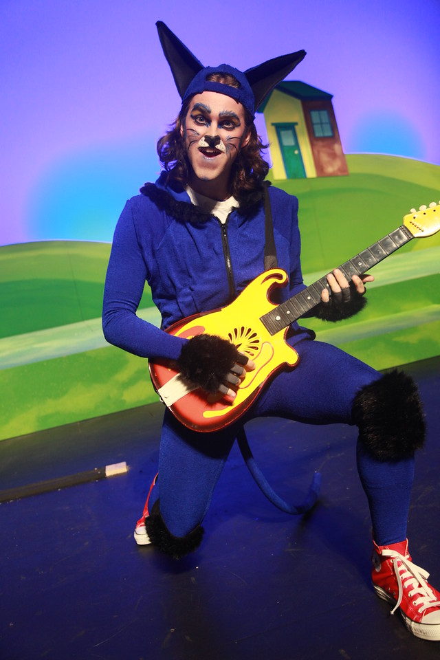 Pete the Cat: The Musical! {Giveaway}